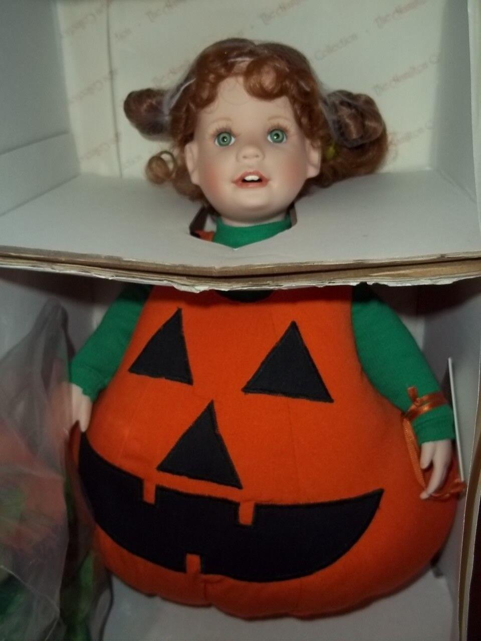 Lil 'Punkin Halloween Muñeca de la colección de Hamilton artista Laura cobabe nunca quitado de la caja