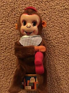 Tin Wind Up Shoe Shine Monkey New In Box Collectable
