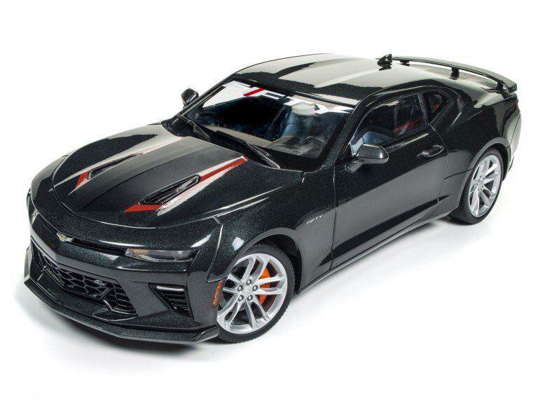 Autoworld dr2aw243 1,18 2017 chevy camaro ss