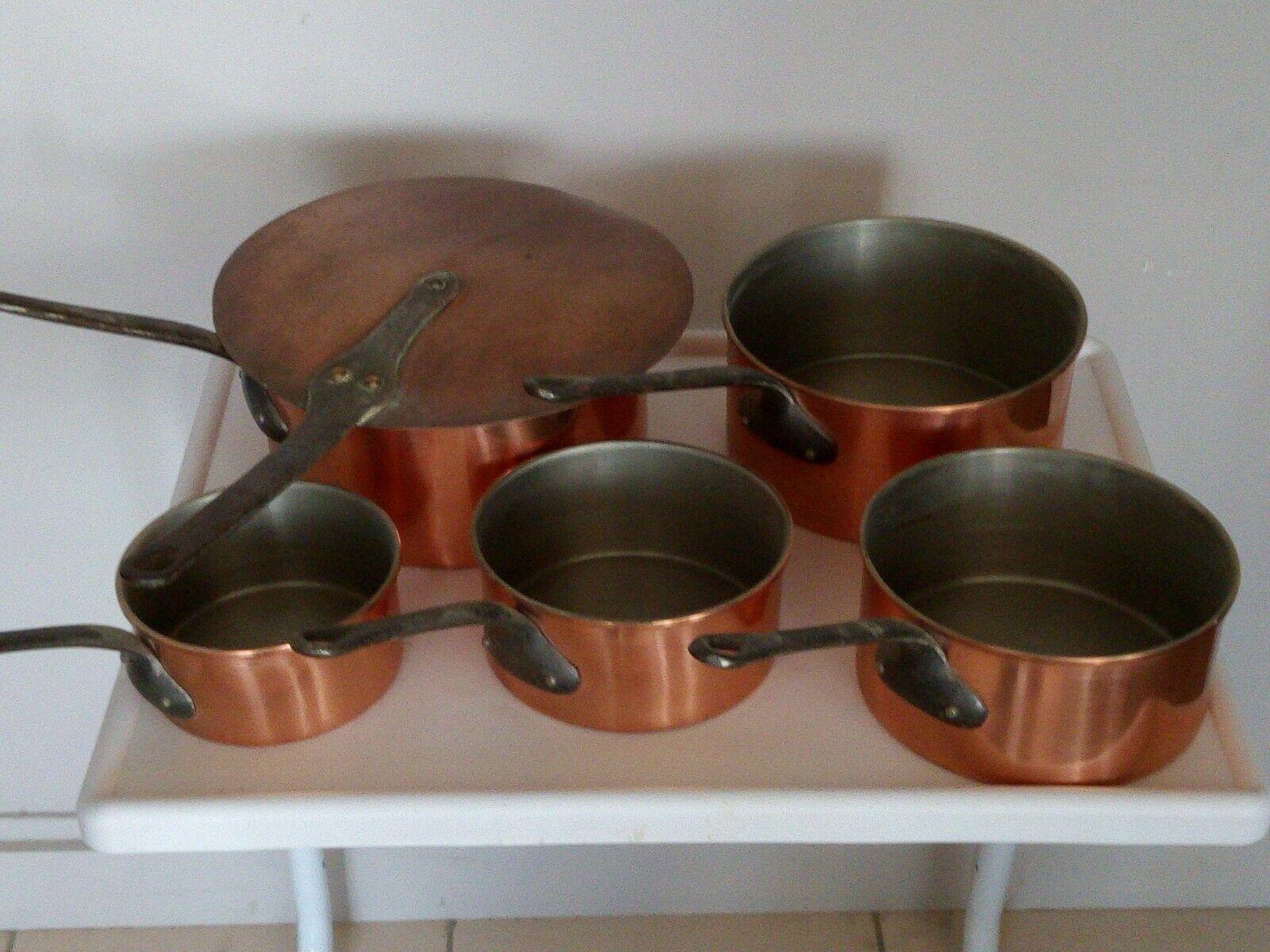 Serie de 5 casseroles en cuivre