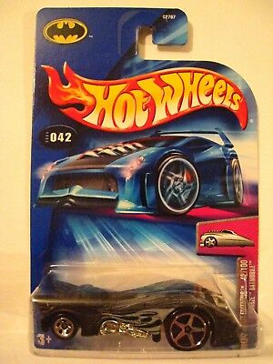 Mattel Hot Wheels 2004 First Editions 1:64 Scale White Hardnoze Dodge Neon Die Cast Car #018