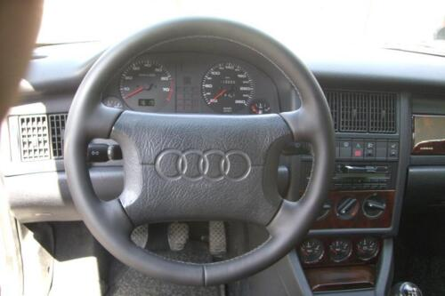 Lenkrad Lederlenkrad für Audi A4 B5 Neu Beziehen in Leder farbige Naht im Tausch