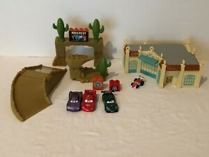 Mega-Bloks-Disney-Pixar-Cars-Radiator-Springs-Ornament-Valley-Playset-Megabloks