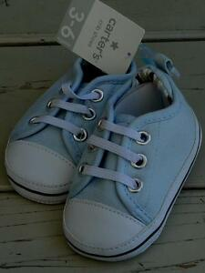Size 2 BRAND NEW Size 3-6 Months Carter/'s Crib Shoes Light Blue /& White