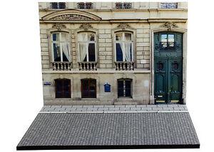 Diorama-Immeuble-parisien-Parisian-building-1-43eme-43-2-B-B-005