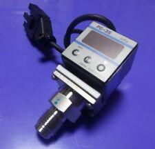 PG-300-102G-2-S-3-VCR Pressure Electronics Gauge DC12~24V 0-1.000 kgf//cm