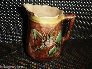Antique-Majolica-Creamer-Daisy-Basketweave-Art-Pottery-AS-IS