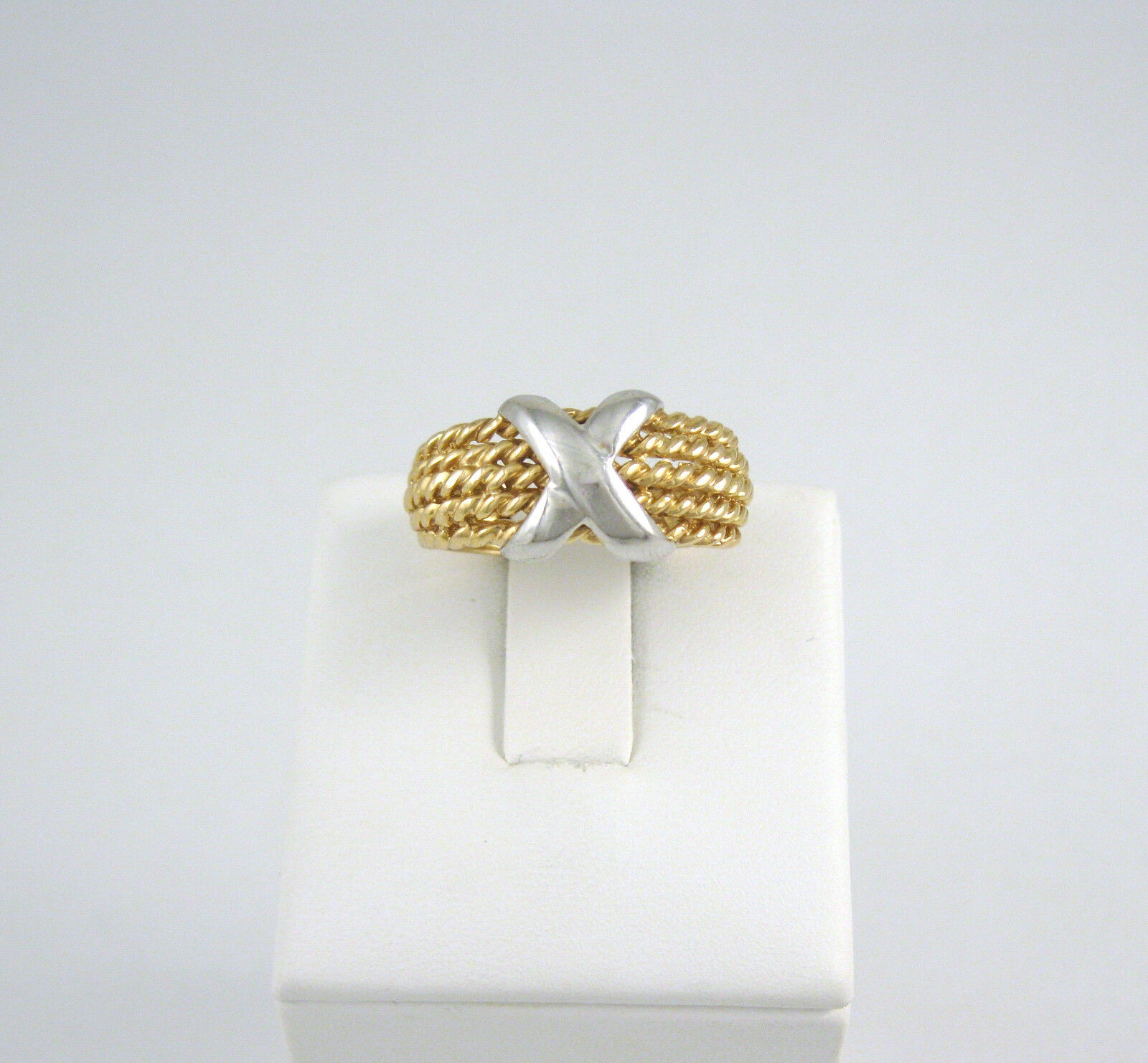 14k gold Two Tone X Accented Rope Ring Size 9
