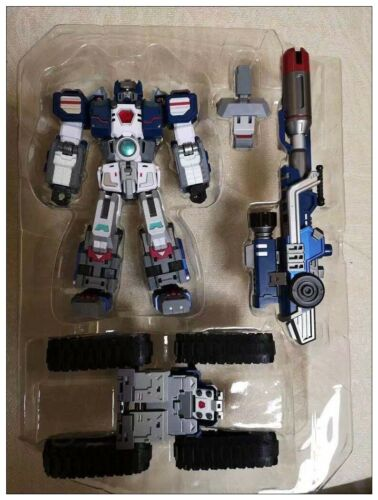 Transformers Perfect Effect PE-DX03 Warden Fortress Maximus Vers Toy in stock