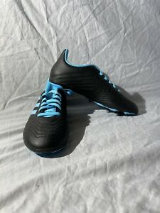 Adidas-Predator-19-4-FxG-Jr-G25823-football-shoes-black-blue-Size-3Y