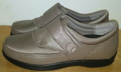Size 8 Handsome Appearance Romantic Apex Emmy Women's Slip On A723w Comfort Shoes