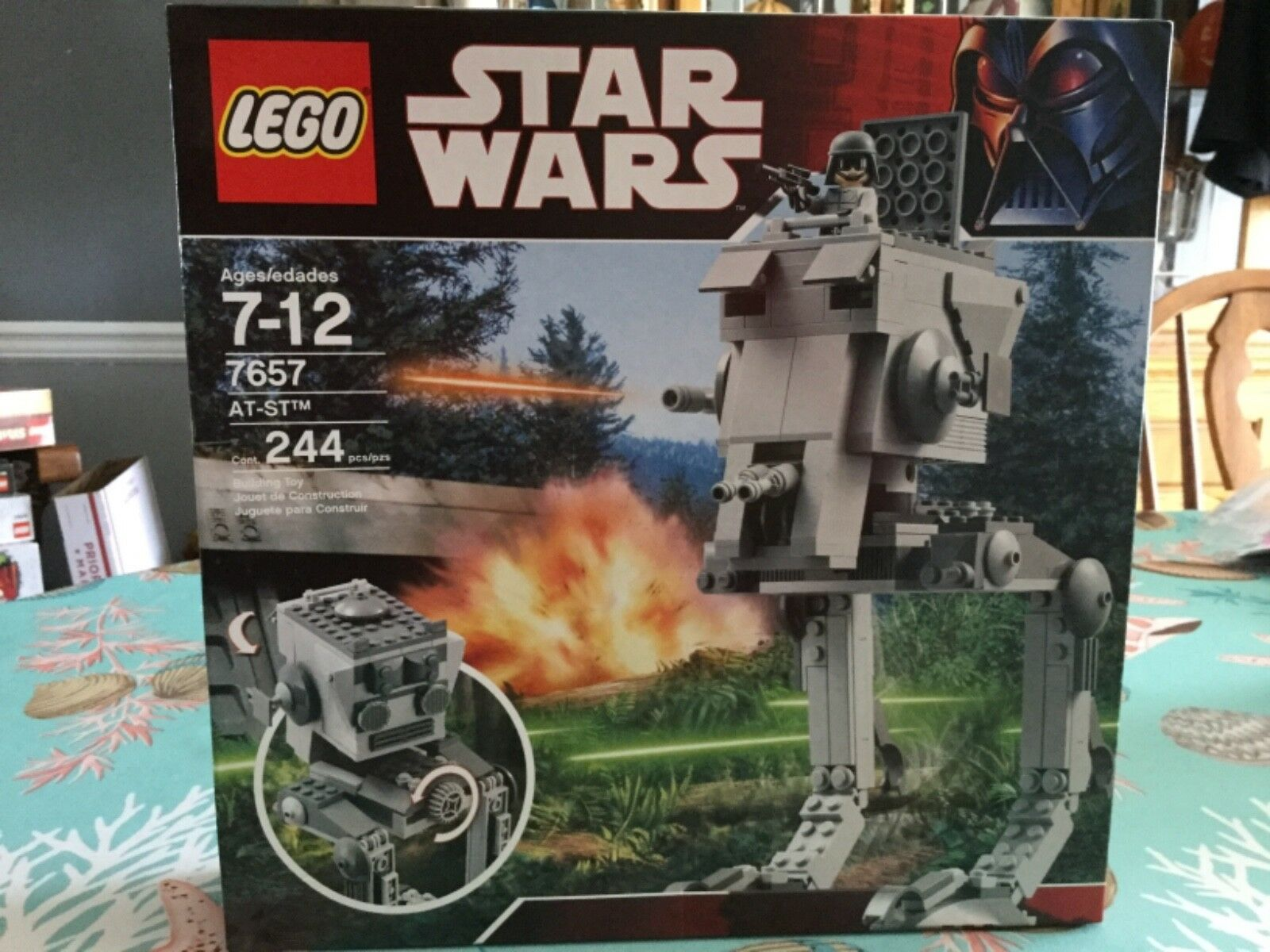 BRAND NEW FACTORY SEALED Lego STAR WARS 7657 AT-ST 30th ANNIVERSARY
