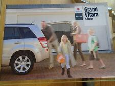 Suzuki Grand Vitara 5 Door range brochure Oct 2009