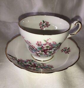 Vintage-Regency-Bone-China-England-Pink-Flowers-Tea-cup-and-saucer