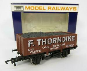 OO-Gauge-Dapol-F-Thorndike-Coal-Merchant-Medway-Limited-Edition-Wagon
