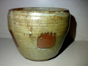 Blumensteckschale-Topf-Studio-Pottery-Keramik-mit-unbekannter-Markung-H-9-5-cm