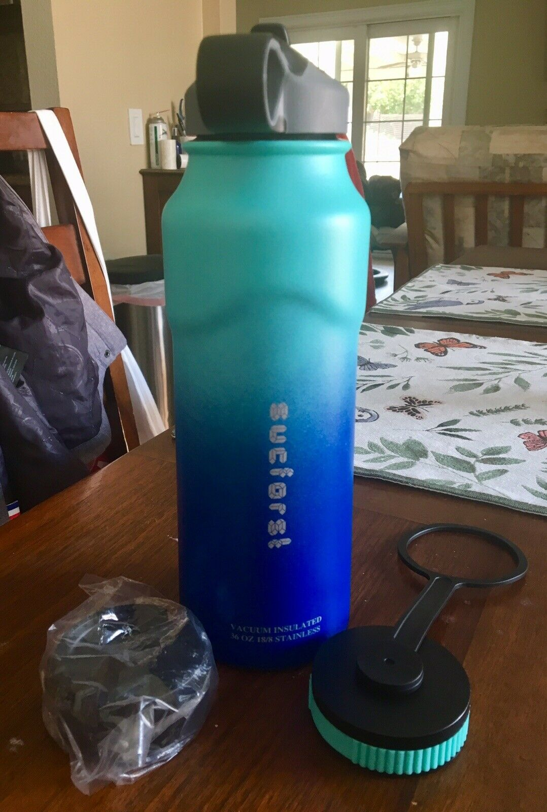 SUCFROST 36 Oz Stainless Steel Water Bottle