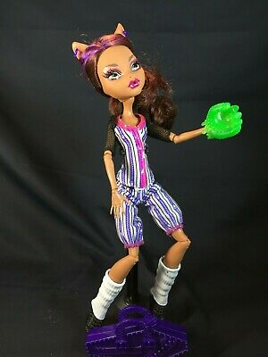 Monster High Doll Clawdeen Wolf Ghoul Sports Baseball Glove Case Shoes Ebay