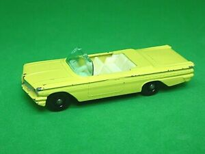 Matchbox-Lesney-No-39b-PONTIAC-BONNEVILLE-CONVERTIBLE-placa-base-Negro