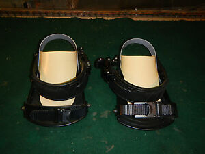 Nitro-snowboard-bindings-Pair-used-for-parts-or-repair
