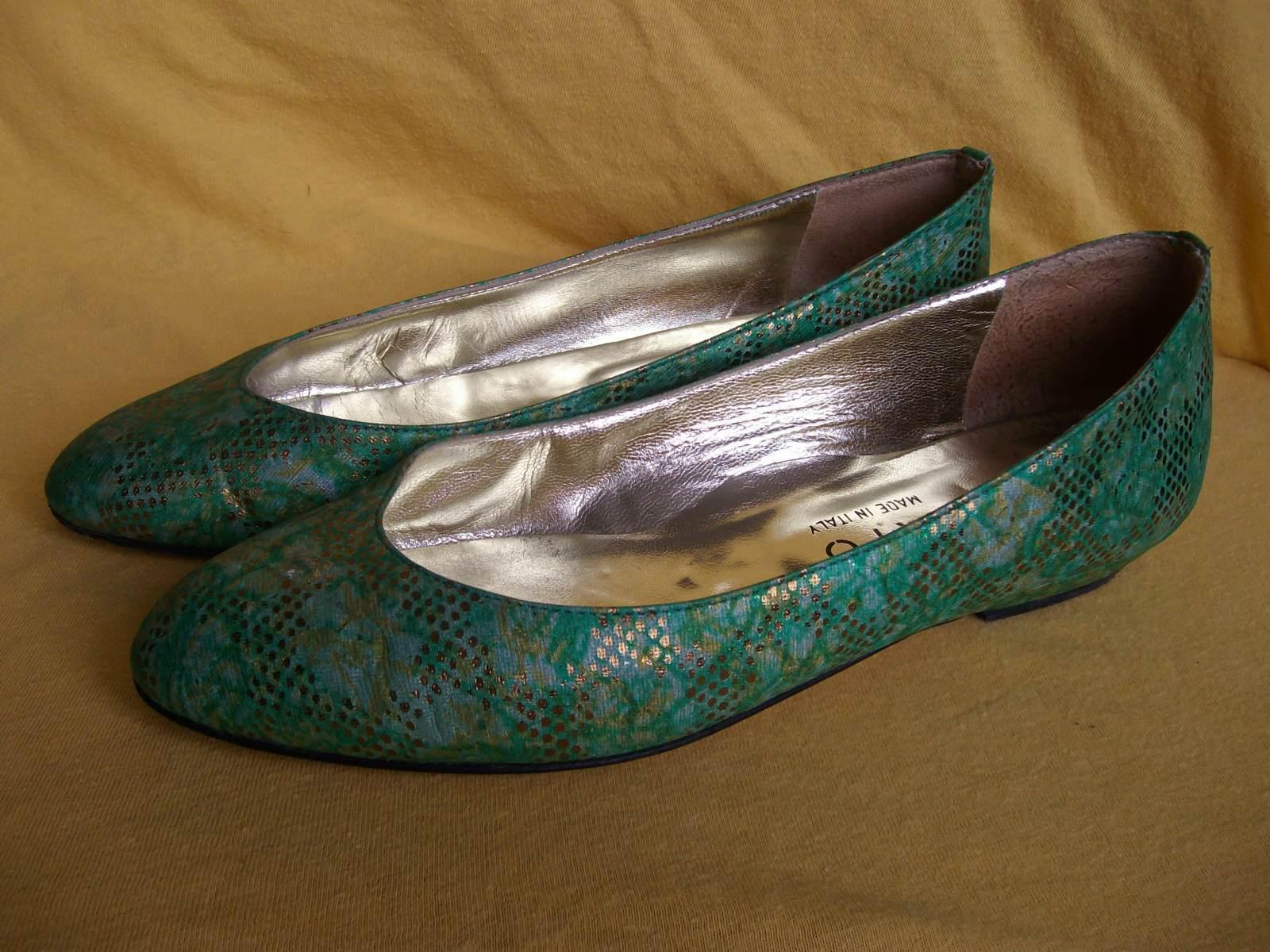 Damenschuhe - Pumps - Modell von - Bartu - Größe 37 - von grün-goldener Stoffschuh 8ed02c