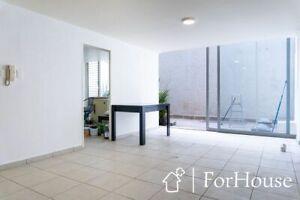 Departamento amueblado con terraza privada en renta en la Roma Norte