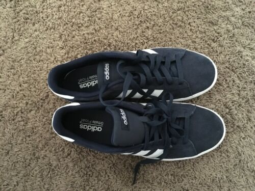 Men's Adidas Tennis Shoes Size 10.5