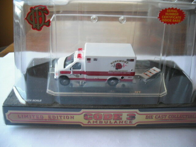 Code 3 Collectibles Rosemont Illinois FORD ambulance prougeotype Échelle 1 64