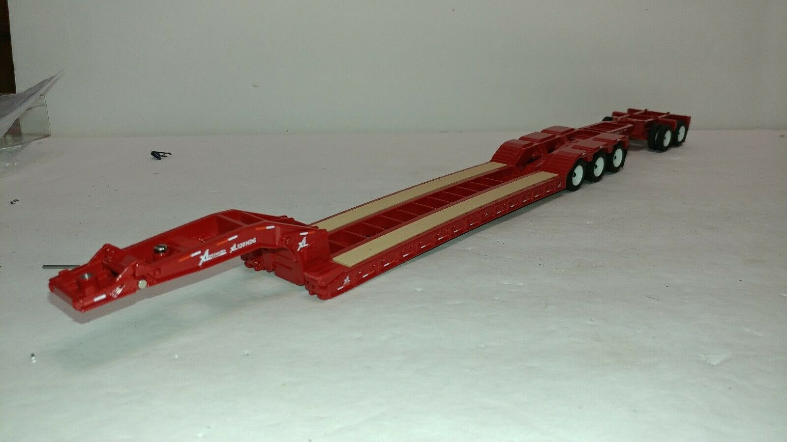 Diecast Master red XL 120 Lowboy Trailer tandem stinger 1 50 new no box