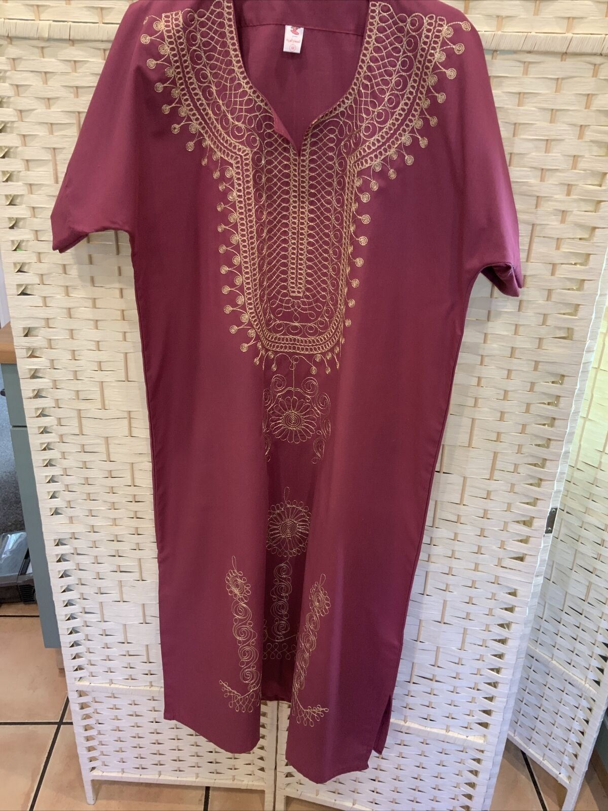 Reduced To LADIES KAFTAN SIZE M BURGUNDY WITH GOLD EMBROIDERY