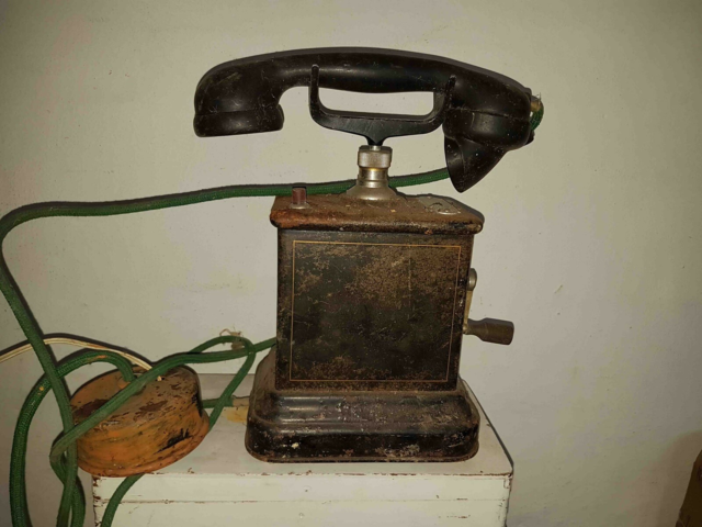Telefon, KTAS, M35, Bordapparat model M35 fra 1935.…