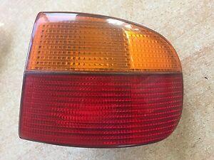 Fiat-Punto-176-1-2-16V-Cabrio-Rueckleuchte-Ruecklicht-Hinten-Rechts-Aussen