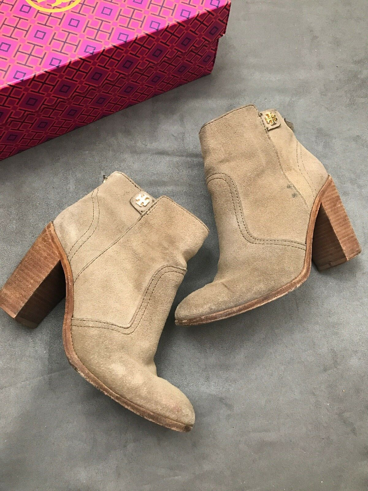 TORY BURCH Leena Ankle Bootie Briarwood Taupe Tan 6.5 Suede Sabe Fulton Sz 6.5 Tan #B 3795d6