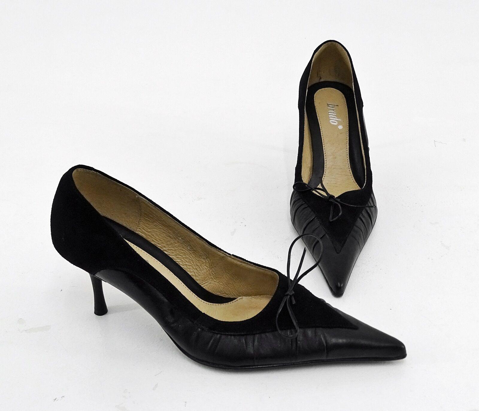 SHE Store Echtleder High Heels mit Nieten der Marke