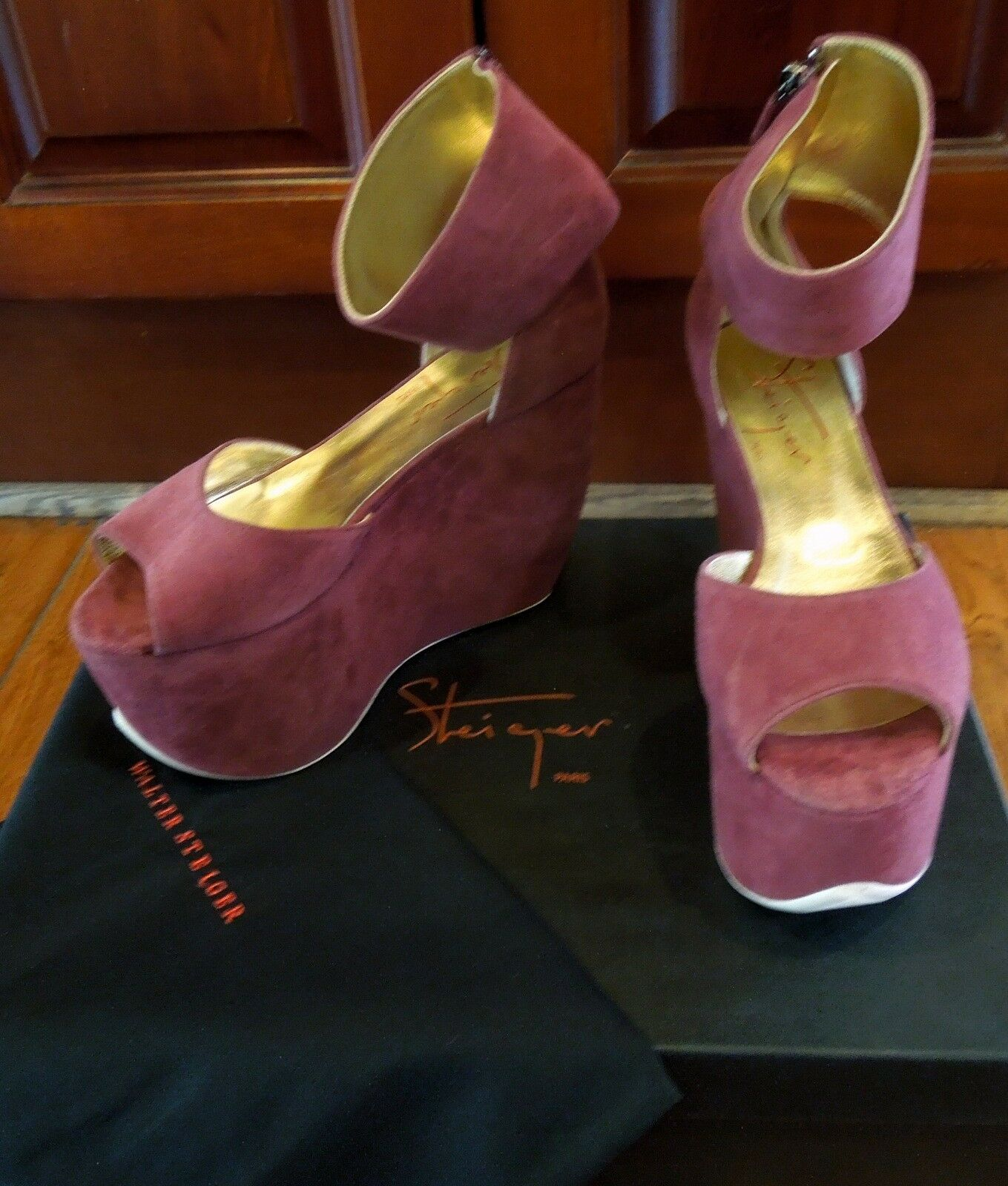 1,090 AUTH NIB NEW WALTER STEIGER Wine color Ankle Cuff Platform Wedge Sz 7 913393