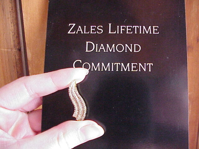 10K Solid Gold GENUINE Diamond Baguette/Round Flame Pendant Zales Kay Jewelers