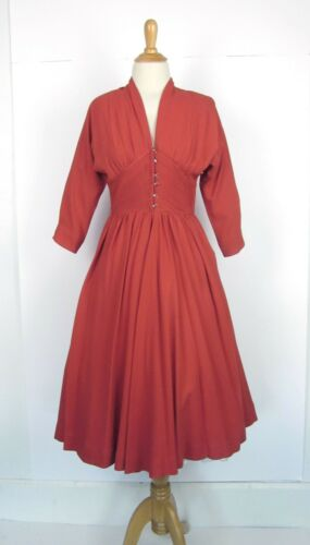 Vintage 40s 50s Jonathan Logan New Look Dress Fit