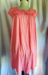 Vintage Pink sleeveless Shadowline waltz gown, Medium, nylon