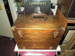 """Confiant Old School Tackle Box L-15-3/4""""x9""""-w X 11-1/4"""" Tall Tous Vintage-afficher Le Titre D'origine"""
