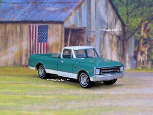 Classic 1968 68 Chevy C10 Pickup Truck  V-8  w/ Toolbox Diecast Metal Model  O