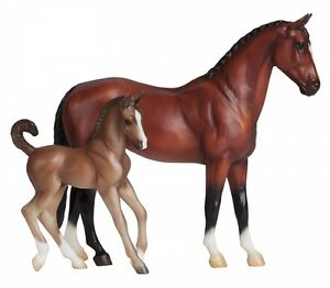 Breyer-Horses-Classics-Size-Warmblood-Mare-amp-Foal-62033-Blood-Bay-amp-Chestnut