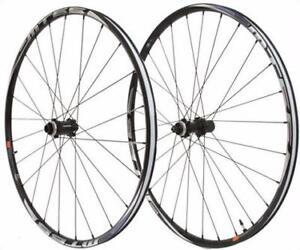 Shimano-Mt66-Centerlock-Disc-Tubeless-29Er-Wheelset-Bike