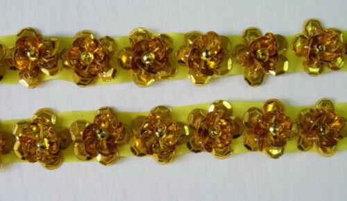 BN26 Gold Mini Flower Sequin Beaded Applique Banding Motif Sewing//Trim 60pccs