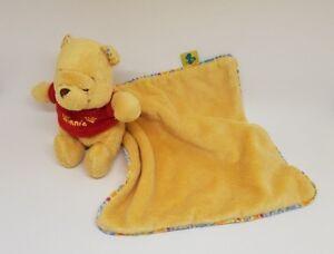 doudou-winnie-l-039-ourson-jaune-mouchoir-fleur-abeille-disney-baby-nicotoy-kiabi