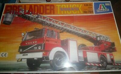ITALERI 784 VOLVO FIRE LADDER TRUCK 1//24 Model Car Mountain NIB