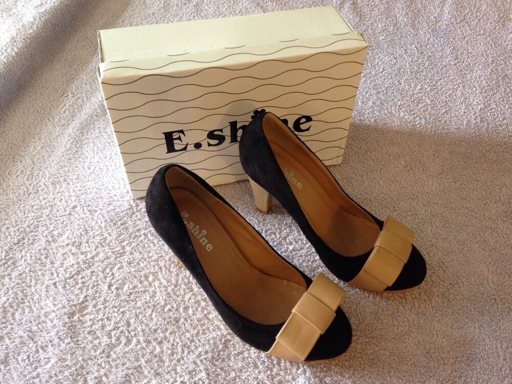 E. Shine Ladies Black & Beige Faux Shoes Suede High Platform Court Shoes Faux Size 4 Boxed 6e5af5