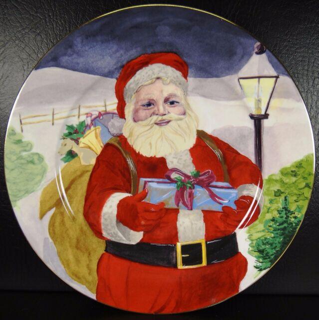 American Atelier Santa Dinner Plate Christmas 5052 Porcelain Gold Trim