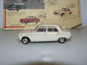 Dinky Toys Ancien Voiture Peugeot 204 Référence 510 Lire La Description