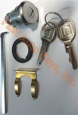 NEW For Select GM Chrome Trunk//Deck//Boot Lock Key Cylinder W//2 Keys To Match
