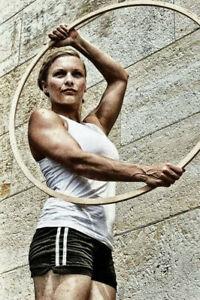 German-with-a-hoop-sportswoman-Pinup-WW2-War-Photo-034-4-x-6-034-inch-B